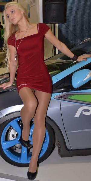 Hostess dell'auto