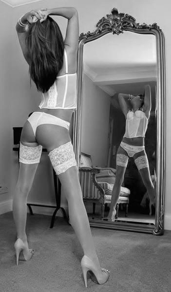 Lingerie allo specchio