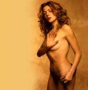 Claudia Gerini nuda