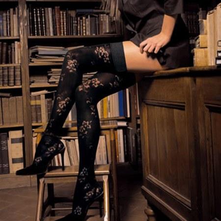 Autoreggenti in biblioteca