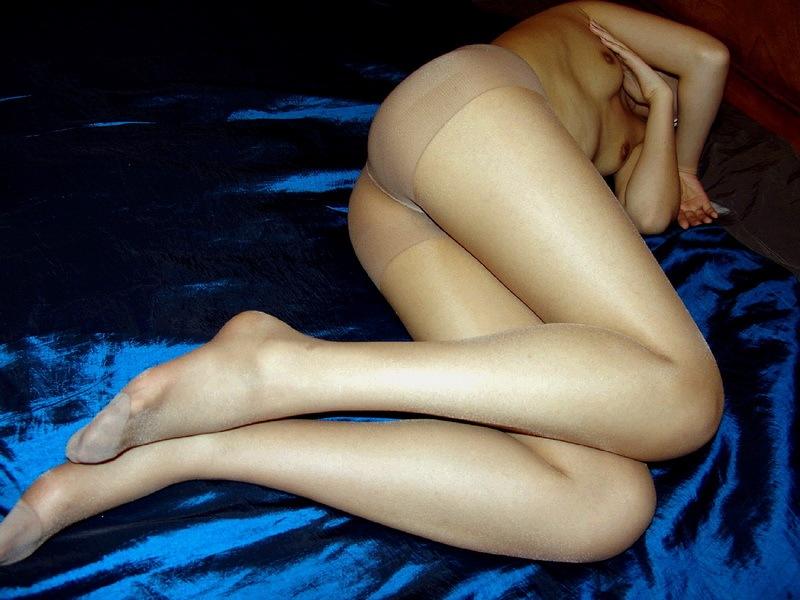 Nuda in collant