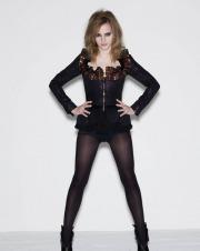 Emma Watson in posa in collant