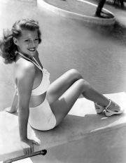 Rita Hayworth pin-up girl