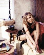 Gambe e piedi di Jennifer Aniston