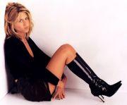 Jennifer Aniston stivali e tacchi