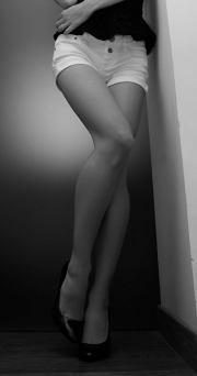 Miss ottobre in shorts