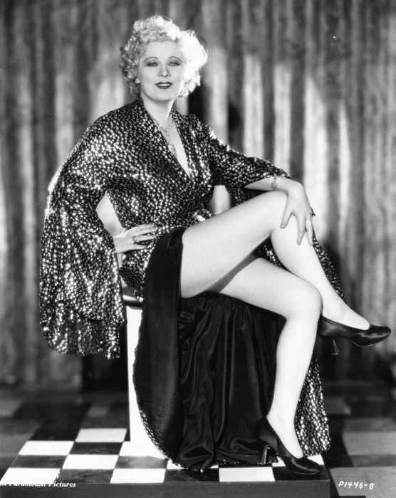 Le gambe di Mae West
