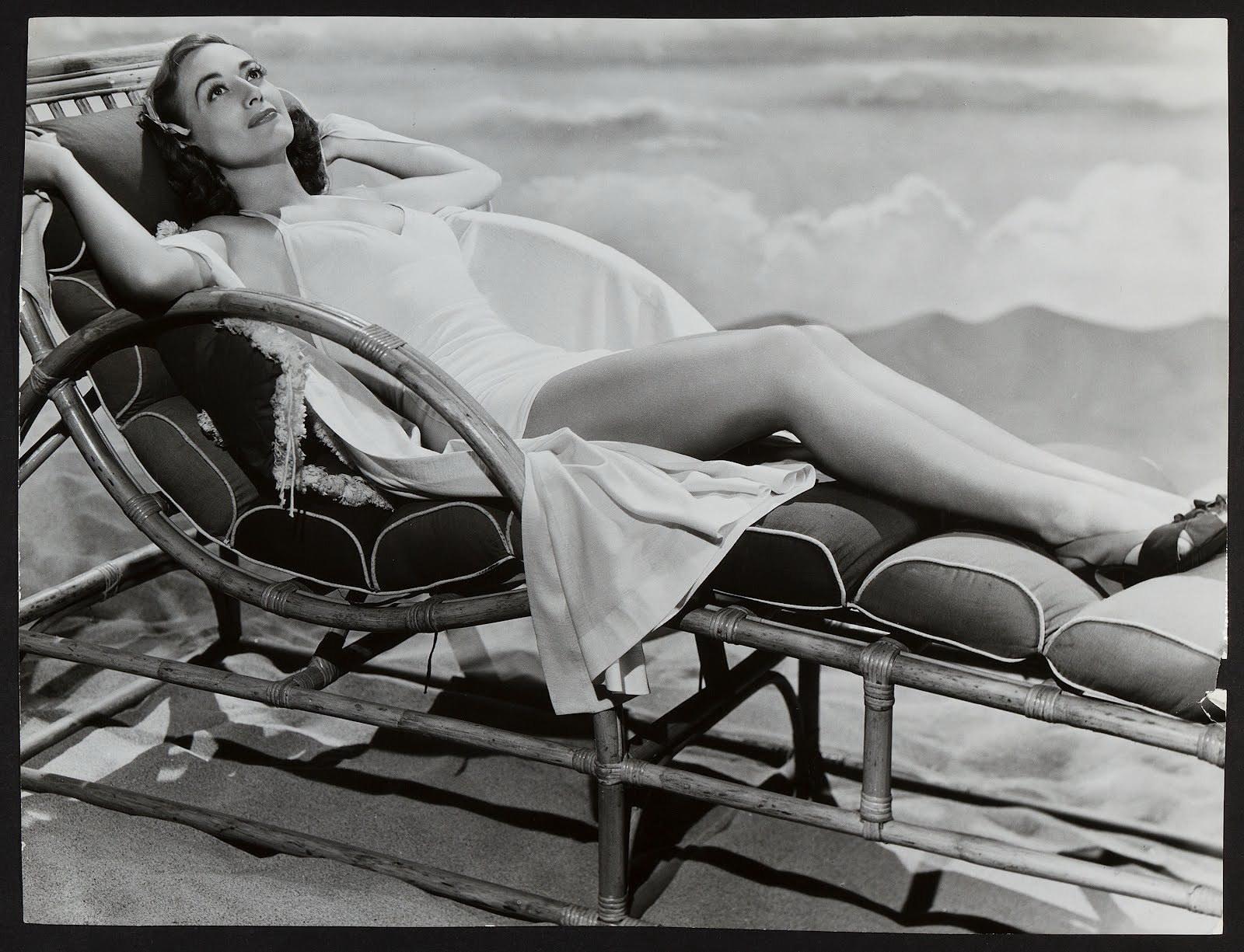 Joan Crawford prende il sole