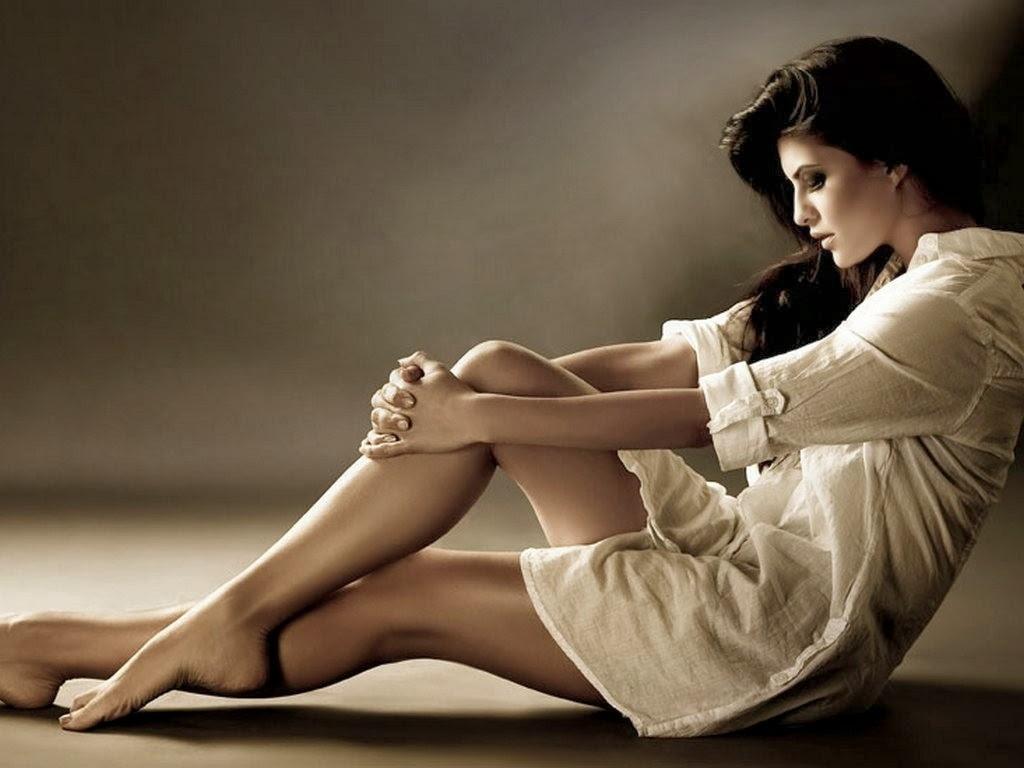 le lunghe gambe di Jacqueline Fernandez